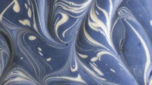 Savon artisanal cassis, texture du savon
